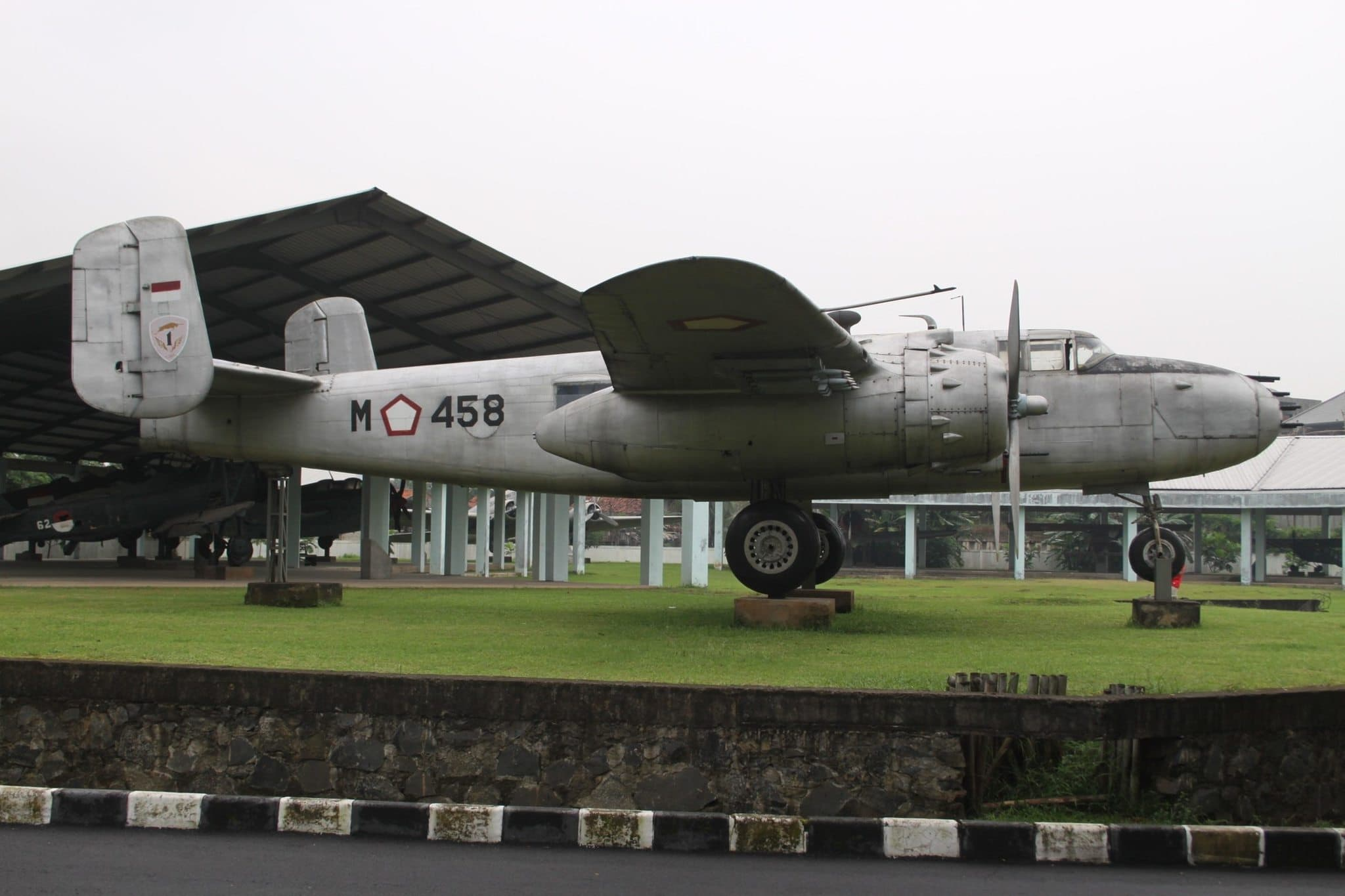 M 458 NA B 25 Mitchell Indonesian Airforce 7168661149