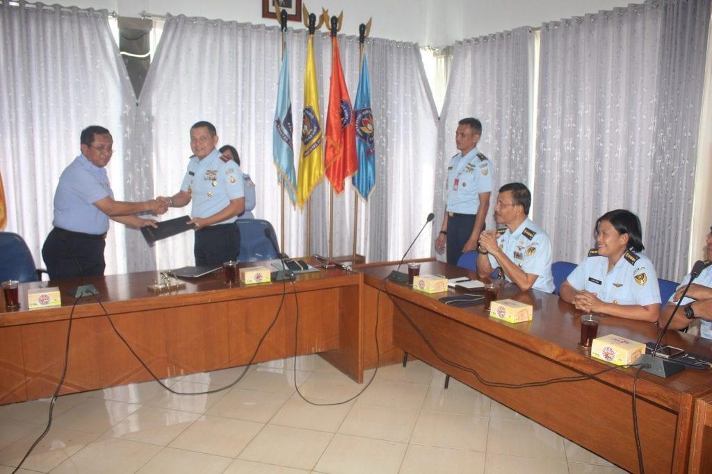 Penandatanganan Naskah Kesepakatan Bersama Antara Wingdiktekkal Dengan Universitas Nurtanio Bandung