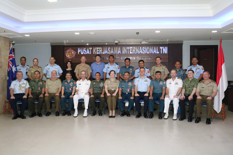15Perwira Siswa Australia kunjungi Mabes TNI