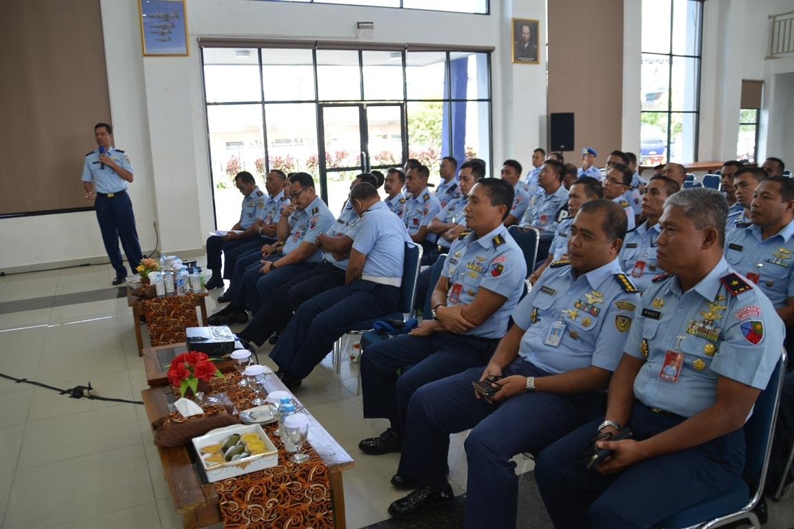 Personel Lanud Supadio Terima Pembekalan Binkar Di Lingkungan TNI AU