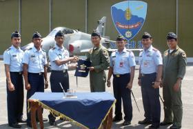Setelah Melaksanakan Major Servicing Hawk MK-209 Pulang Kandang