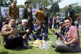 Sisi Lain Dalam Kemeriahan HUT TNI ke 72