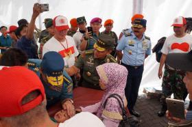 Kasau Hadiri Baksos HUT TNI Ke-72