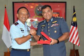 Pangkosekhanudnas II Terima Kunjungan Delegasi (TPOU) TUDM Malaysia