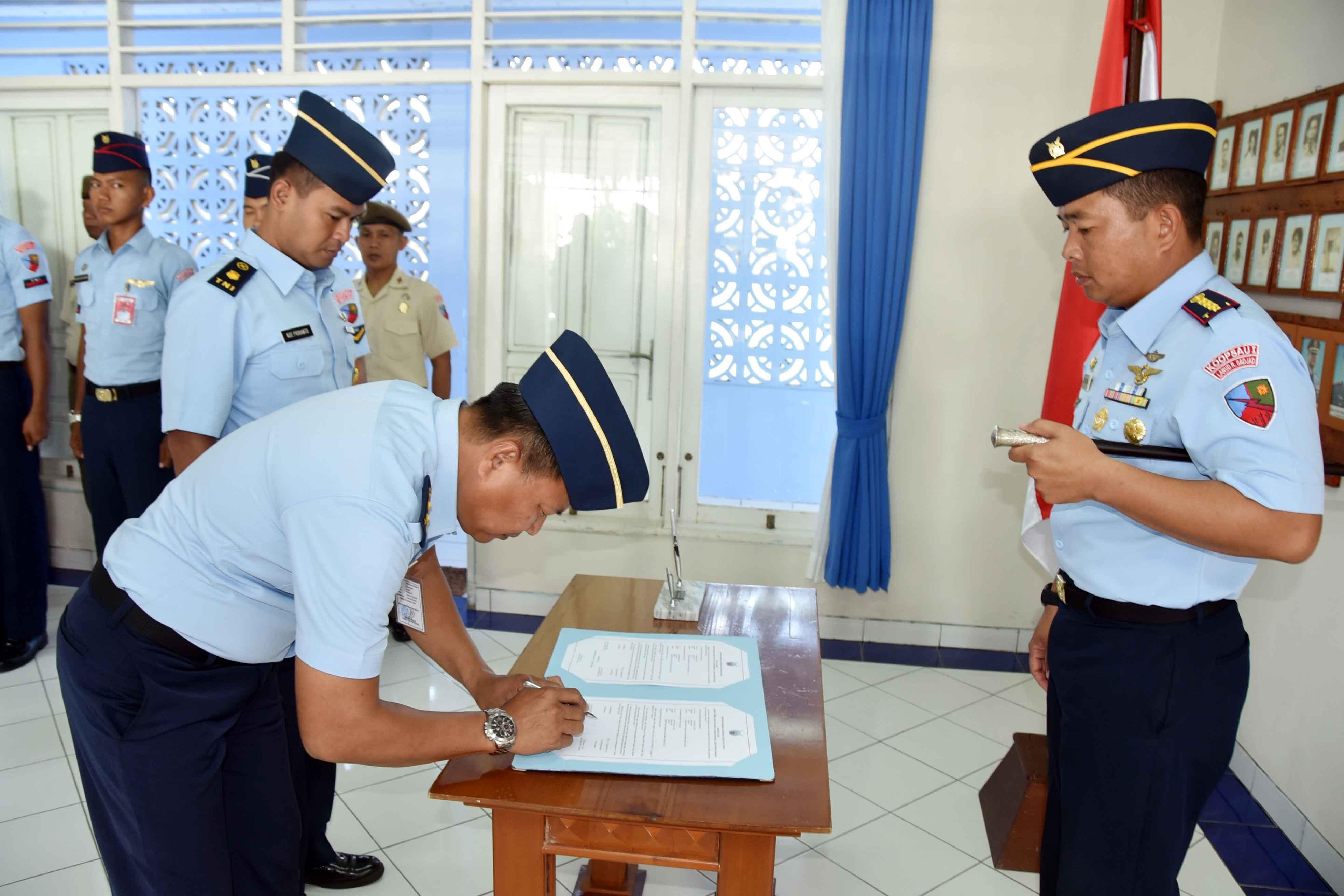 Jabatan Kadispres Lanud Raden Sadjad Ranai-Natuna Diserahterimakan