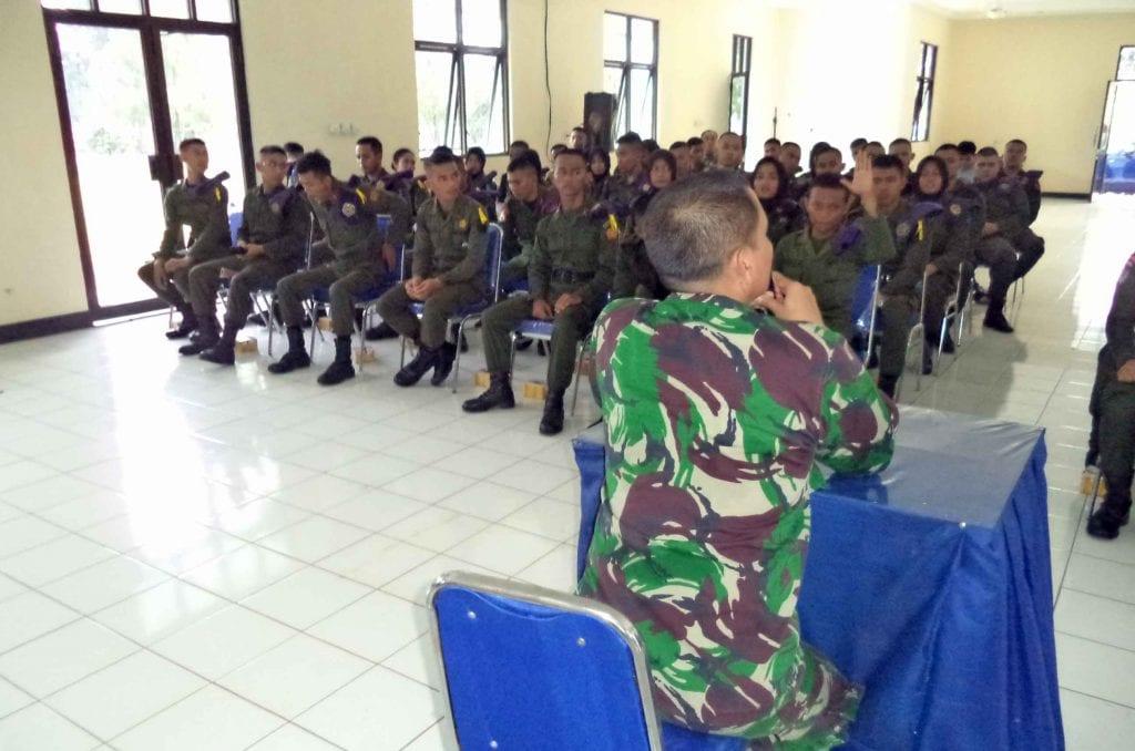 KOMANDAN WINGDIKTEKKAL BUKA KURSUS KADER PELAKSANA NASIONALRESIMEN MAHASISWA INDONESIA ANGKATAN KE VIII TAHUN 2017