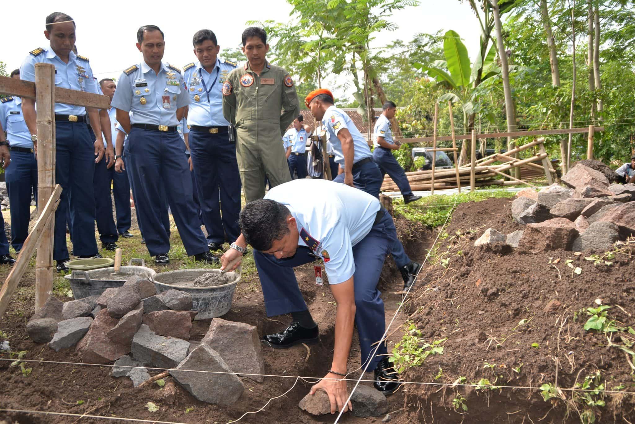 Danlanud Adi, Tandai Peletakan Batu Pertama Pembangunan Mushola