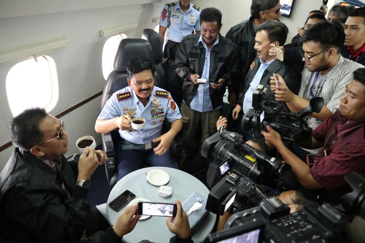 NGOPI BARENG DI UDARA BERSAMA PANGLIMA TNI
