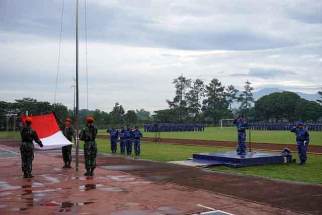 Upacara Bendera Bulanan Denmatra2Paskhas