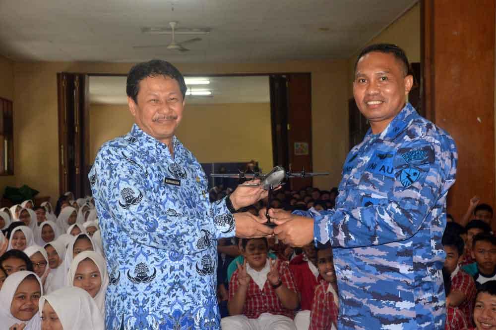 Lanud Abd Saleh Sosialisasikan SMA Pradita Dirgantara Ke SMP Negeri 5 Kota Malang