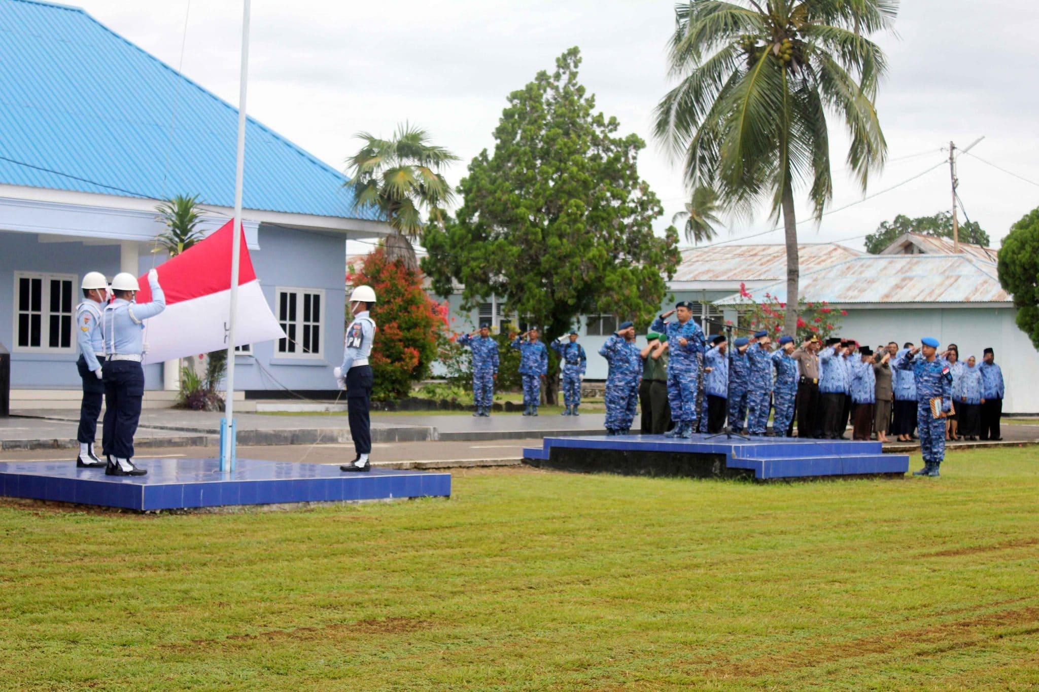 Sinergitas TNI-Polri Dan Pemda Morotai, Gelar Upacara 17 an Gabungan