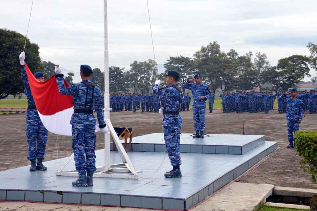 Upacara Bendera Tujuh Belasan Di Depohar 40 Lanud Sulaiman