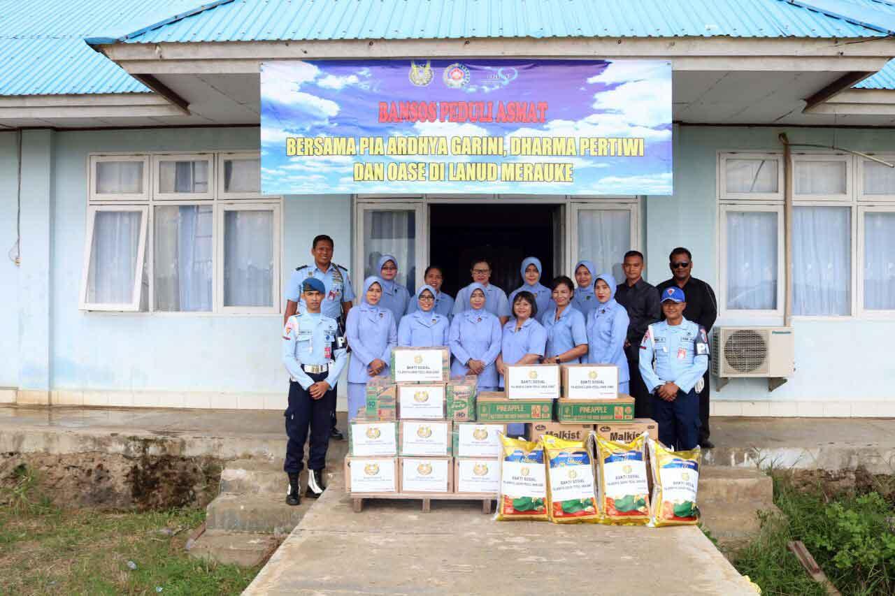 Pia AG. Cab. 16/D II Lanud Merauke Berikan Bantuan Sosial Kepada Anak Asmat