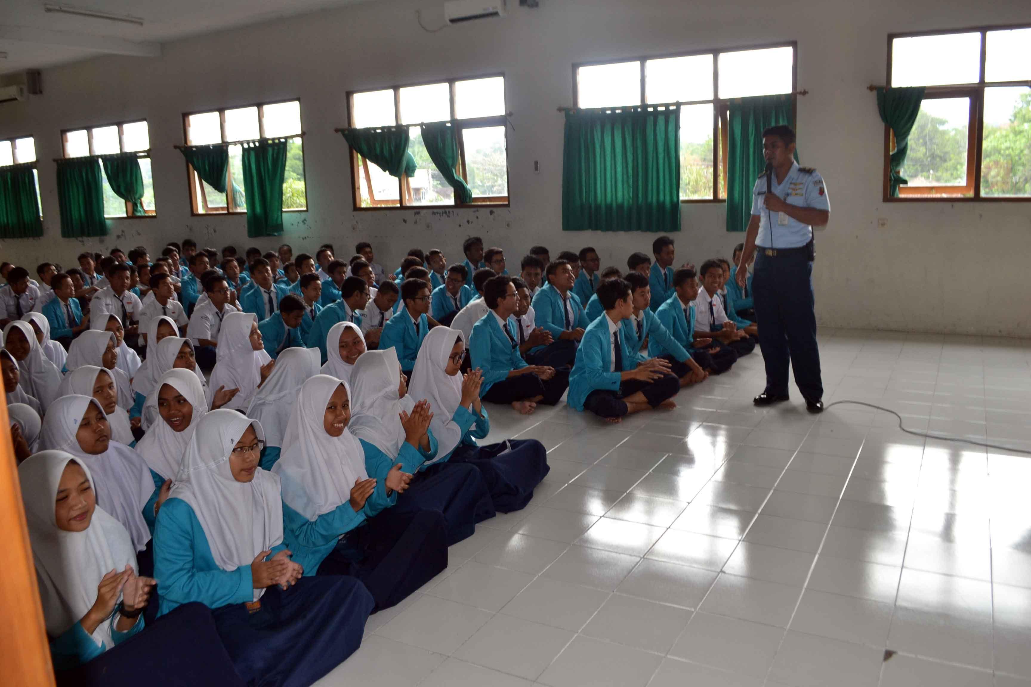 Lanud Smo Berikan Sosialisasi SMA Pradita Dirgantara di SMPN I Boyolali