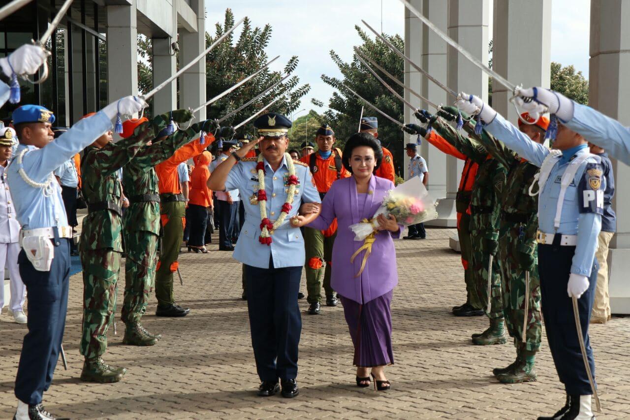 Pesan Marsekal TNI Hadi Tjahajnto, S.IP : Prajurit TNI AU Teruslah Bekerja Keras