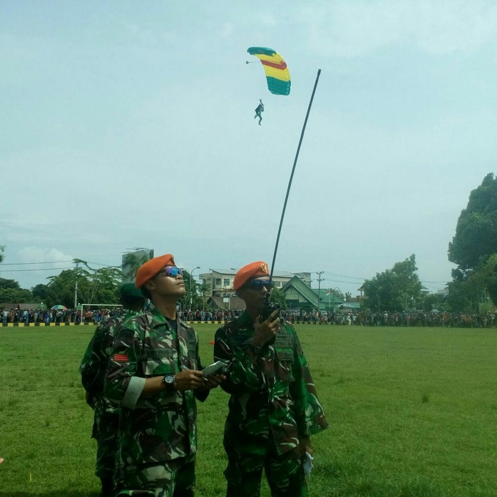 VCP Yonko 466 Paskhas Bantu Penerjunan Brigif Para Raider 3/1 Kostrad