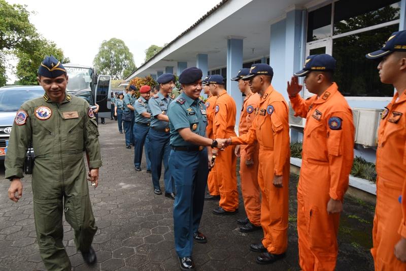 Komandan Puspenerbal Kunjungi Sekbang Lanud Adisutjipto