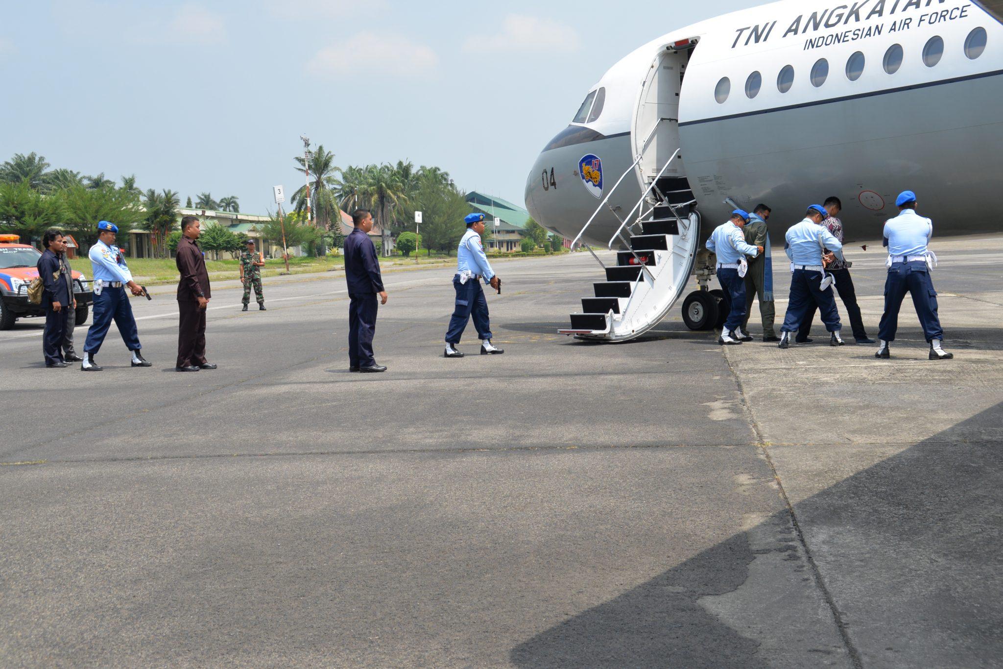 Force Down Pesawat Asing di Lanud Soewondo
