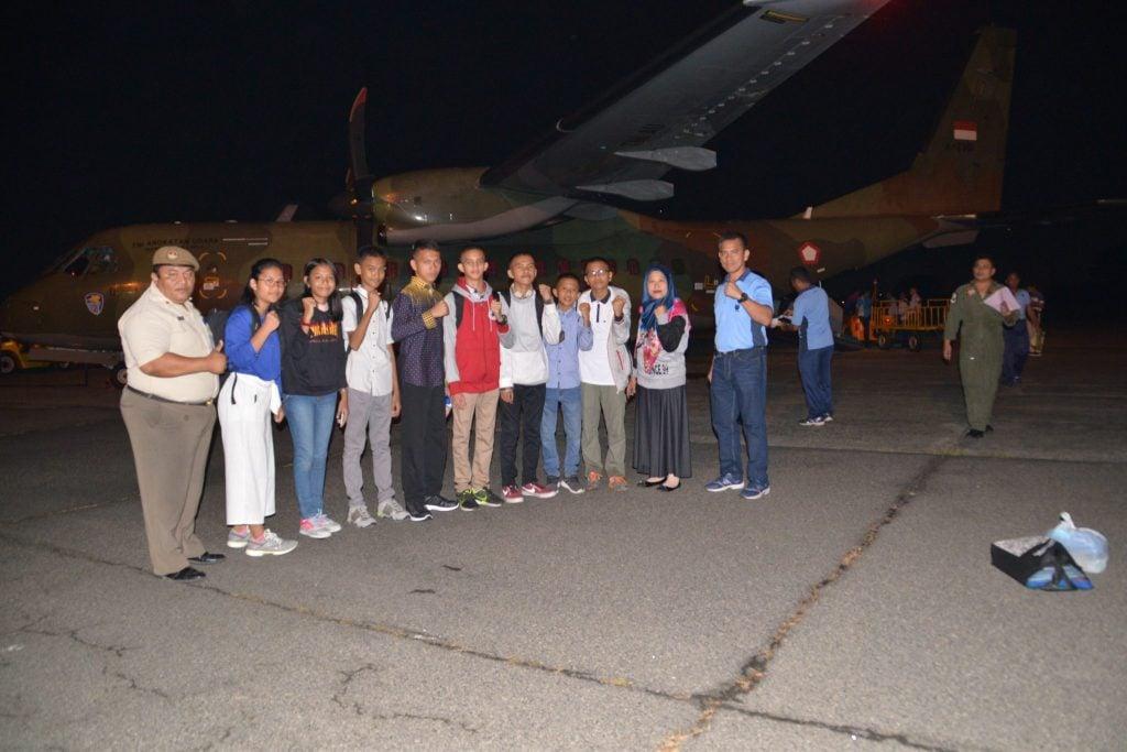 Delapan Casis SMA Pradita Dirgantara Diberangkatkan dari Lanud Soewondo