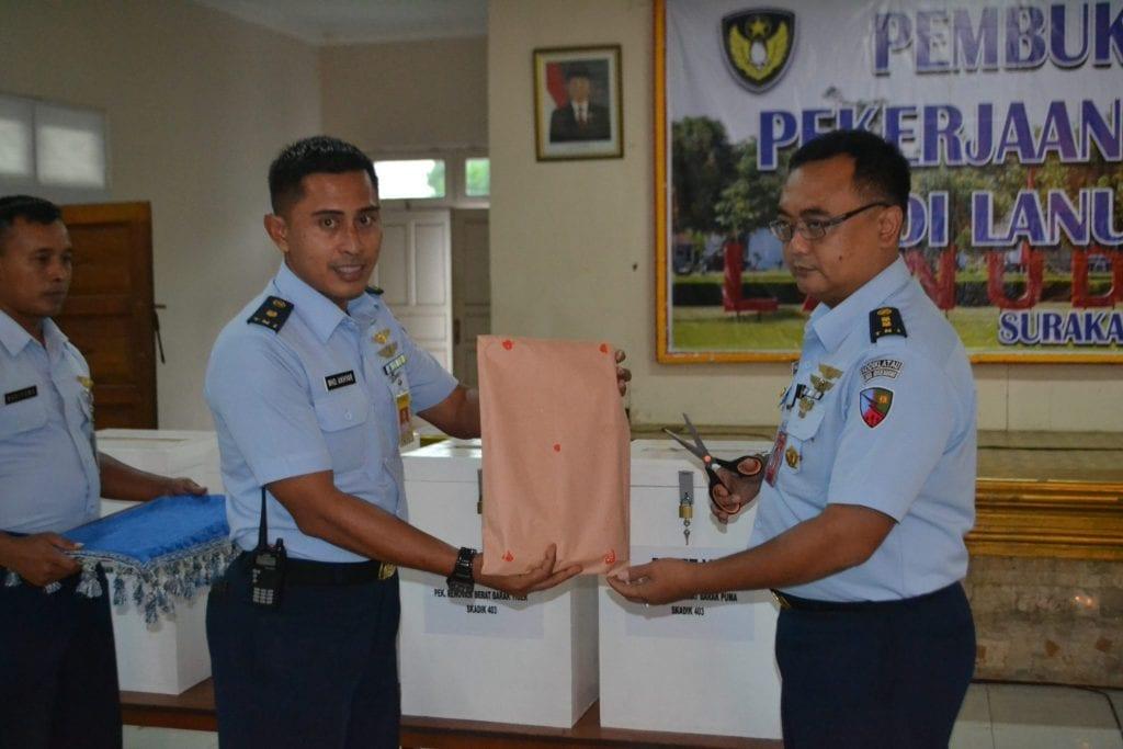 Lanud Adi Soemarmo Laksanakan Pembukaan Penawaran Pekerjaan Bangfas T.A. 2018