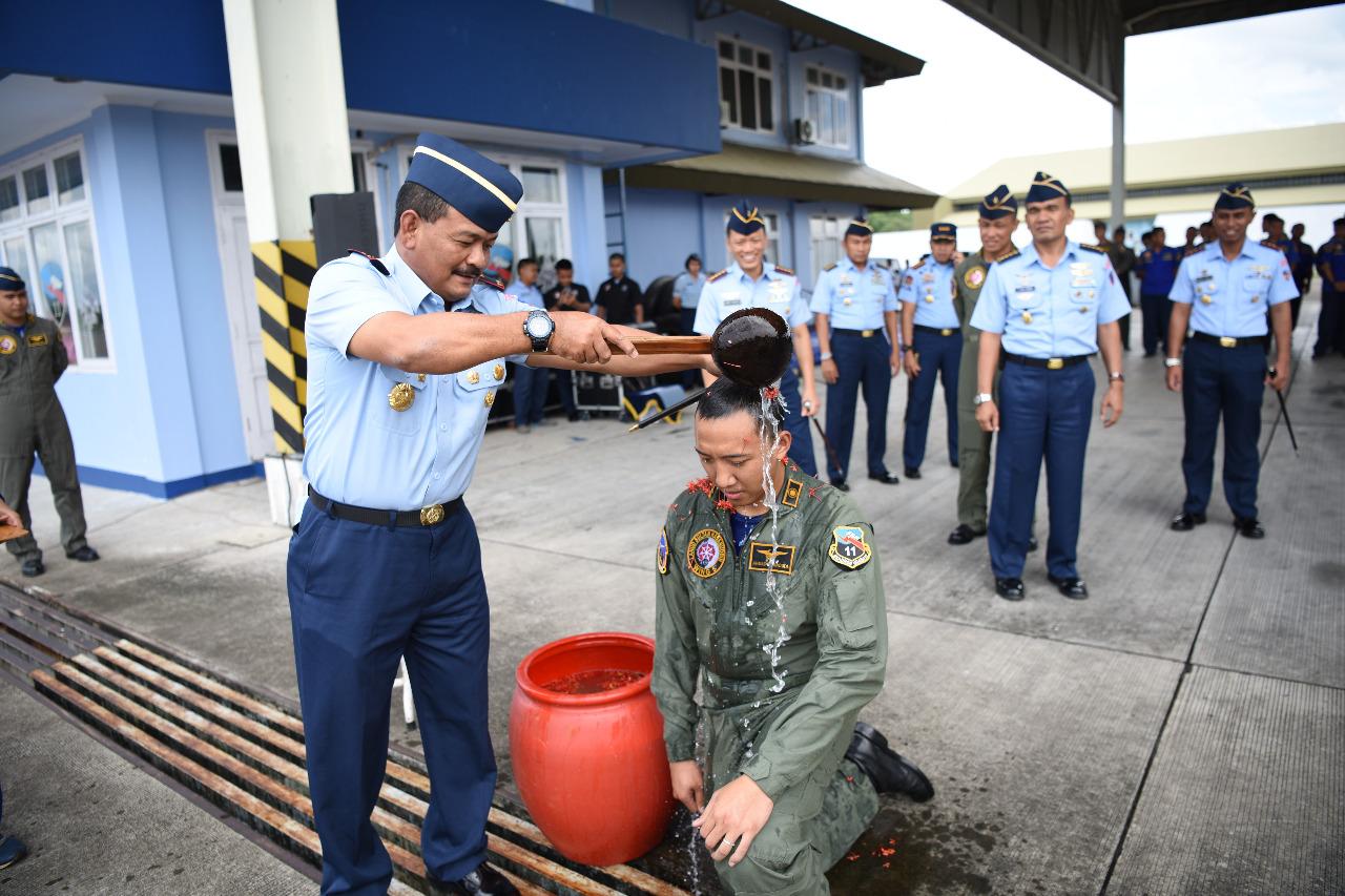 Lettu Pnb Ahmad Finandika Berhasil Terbang Solo Dengan Pesawat Sukhoi