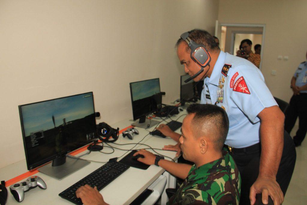 Dankorpaskhas Tinjau Simulator Latihan Perang Korpaskhas