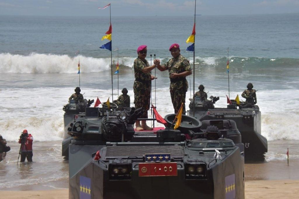 Panglima TNI Warga Kehormatan Pasukan Baret Ungu