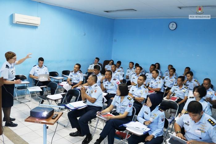 Pelatihan Penyusunan Silabus Dari RAAF Di Skadik 505 Wingdikum