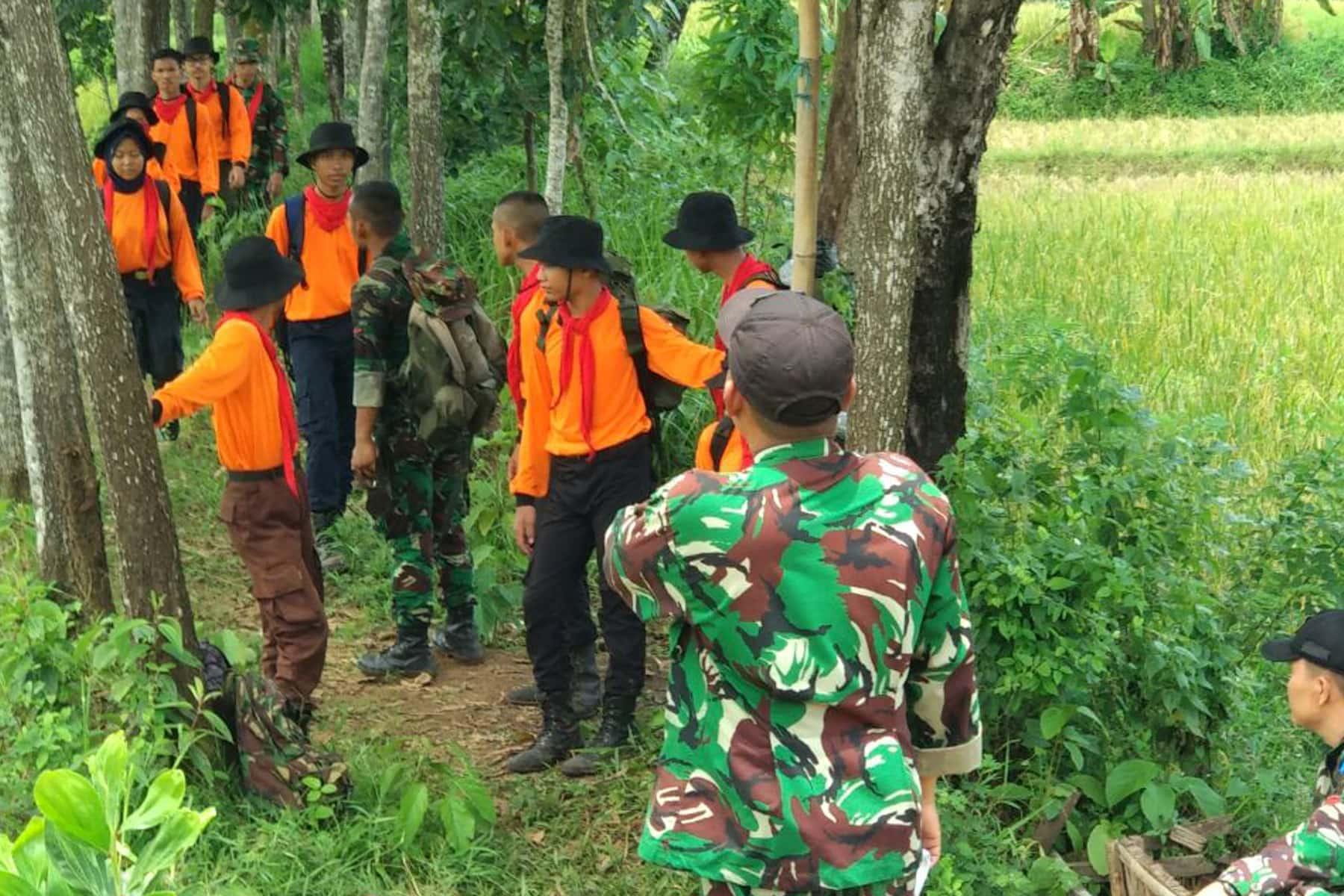 Puluhan Prajurit Lanud Halim Perdanakusuma dan Warga Sipil Ikuti Latihan Survival Dasar di Kalijati