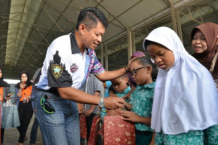 Dua Tuna Netra Wujudkan Impianya Terbang Bersama TNI AU