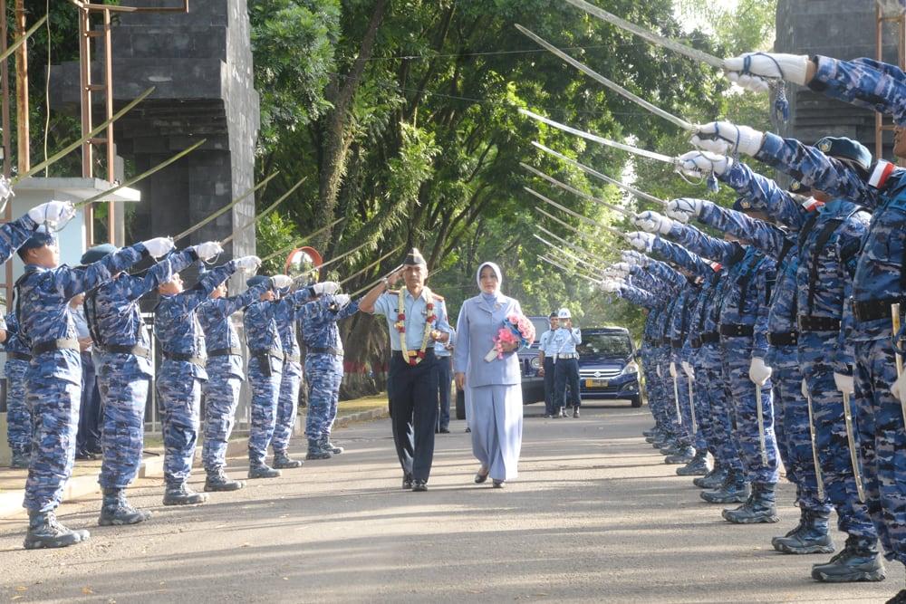 Warga Lanud Abd Lepas Marsma TNI Julexi Tambayong, Sambut Kolonel Pnb Andi Wijaya, S. Sos