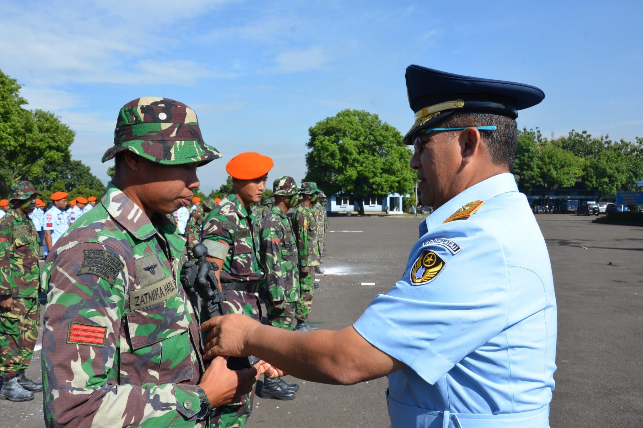 Praka Zatmika Hadi Suwasono Lulusan Terbaik Susjurlata Pas A-45 Lanud Sulaiman