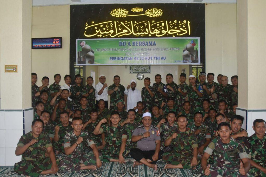 Lanud HLO Gelar Do'a bersama untuk peringati ke-72 HUT TNI AU