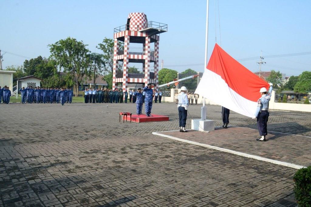 Upacara Bendera 17-an di Pusdiklathanudnas Surabaya