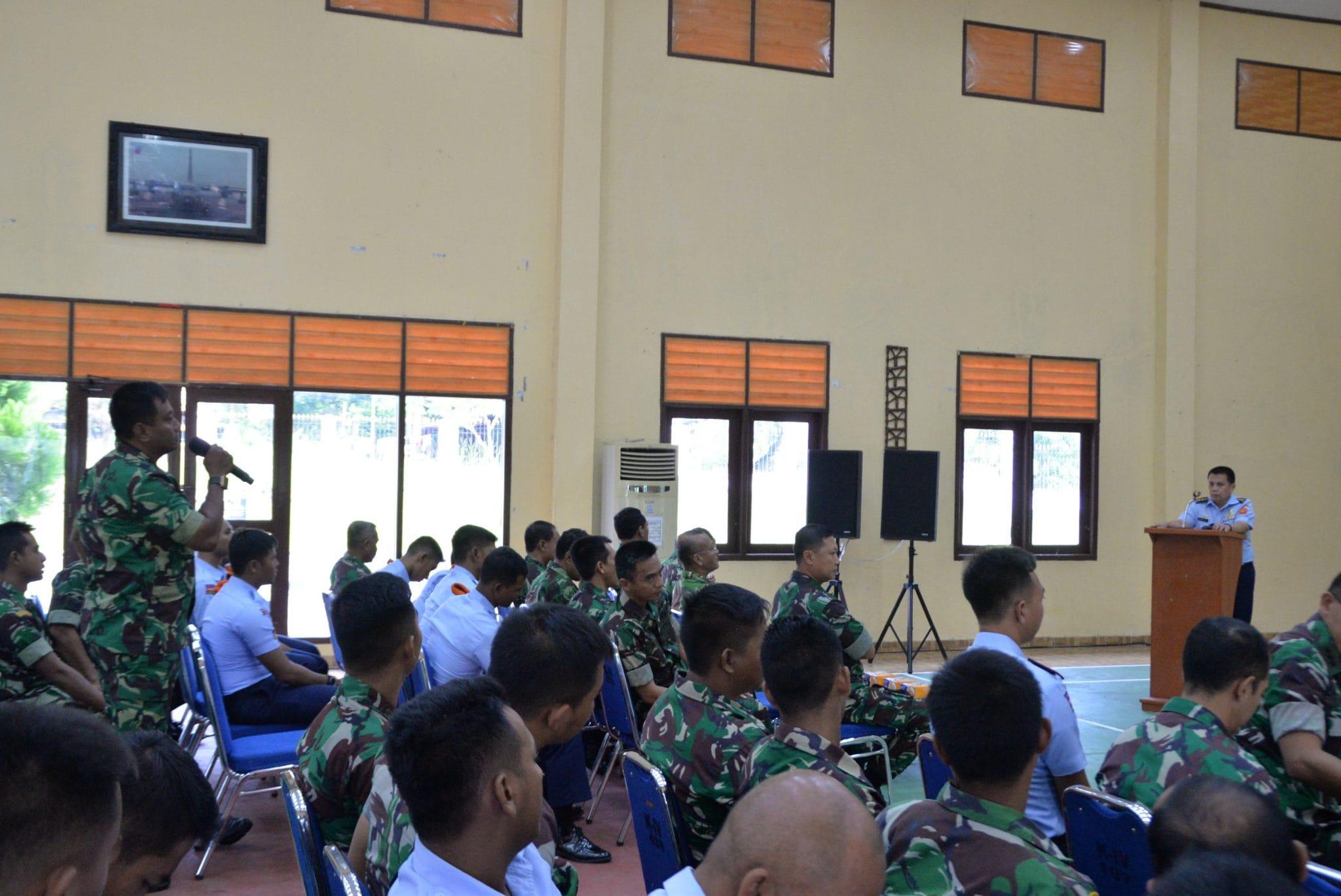 Babinkum TNI Berikan Ceramah Hukum Di Kosekhanudnas IV