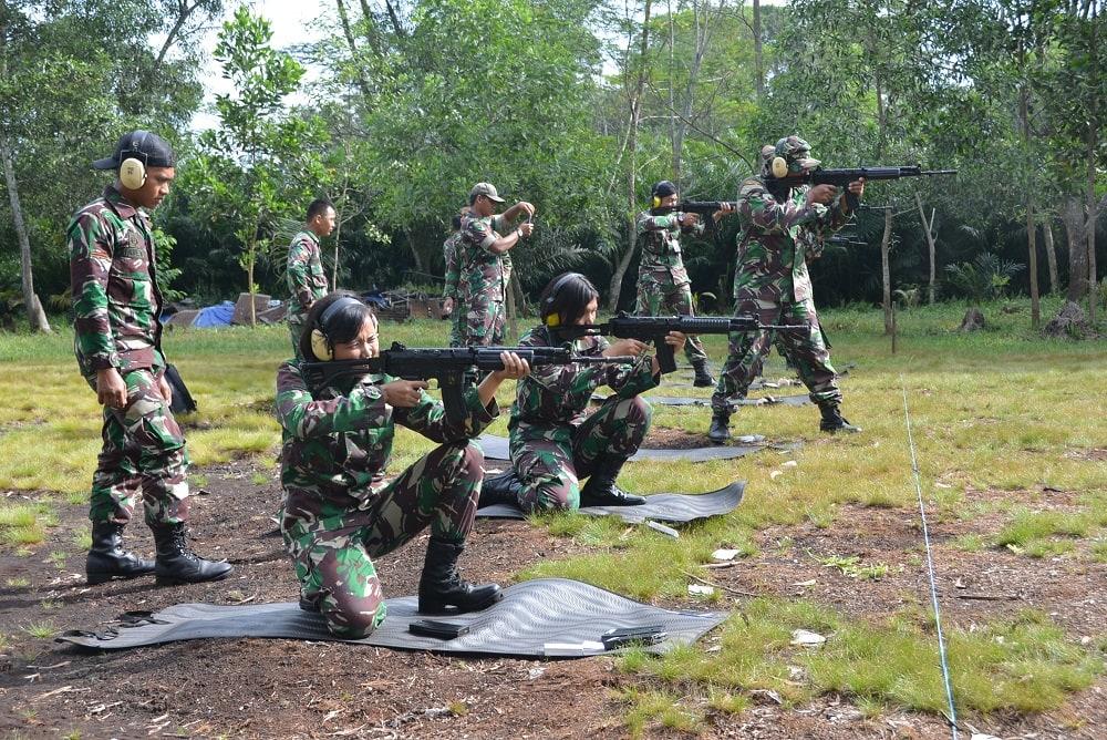 Prajurit Lanud Supadio Gelar Latihan Menembak