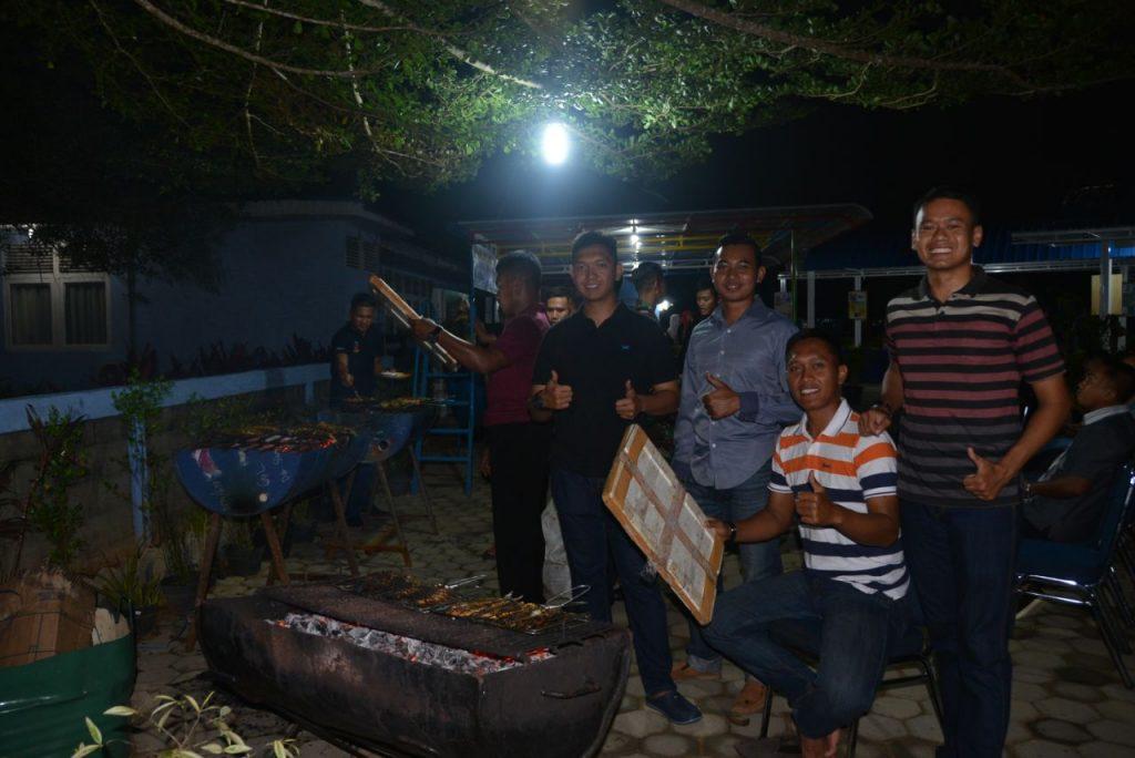 ACARA MALAM WIRA CLUB LANUD SUPADIO YANG JAUH DARI KESAN FORMIL
