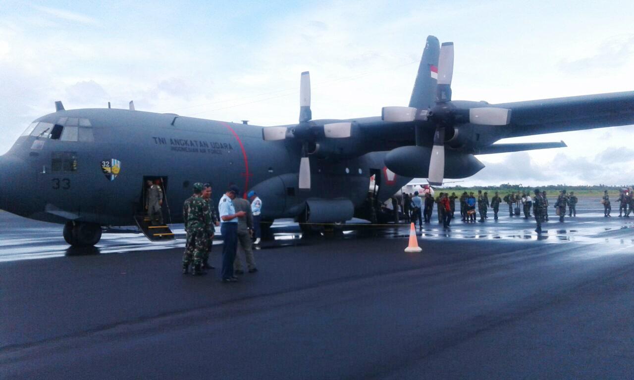 Hercules TNI AU Angkut Personel Mabes TNI Tinjau Medan Latihan Gabungan PPRC Di Pulau Morotai