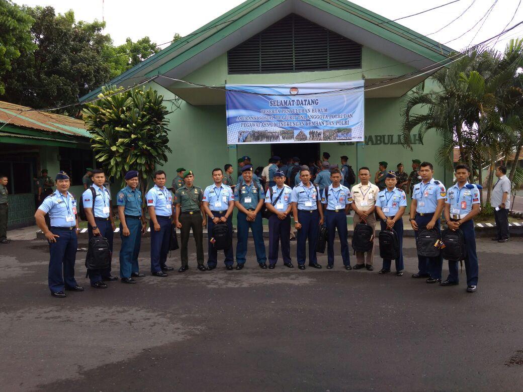 Personel Lanud Lwm Ikuti Penyuluhan Hukum Di Ternate Maluku Utara