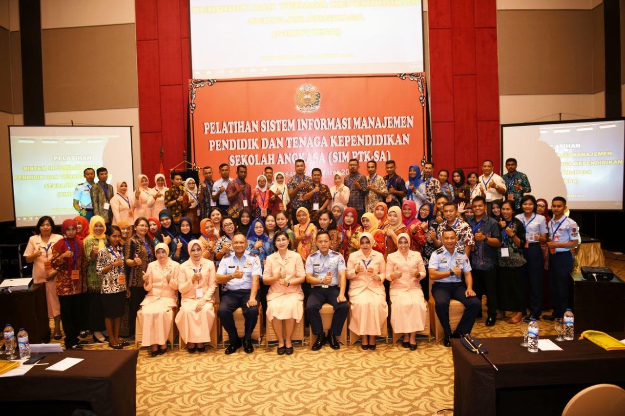 Pelatihan SIM PTK-SA Yasarini Di Lanud Sultan Hasanuddin