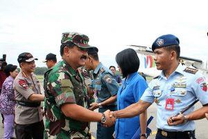 Danlanud Balikpapan Sambut Kedatangan Panglima TNI dan Kapolri