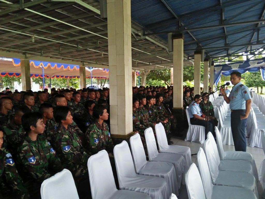 Danlanud Adi Soemarmo Berikan Pembekalan Kepada Prasis Semaba TNI AU A-42