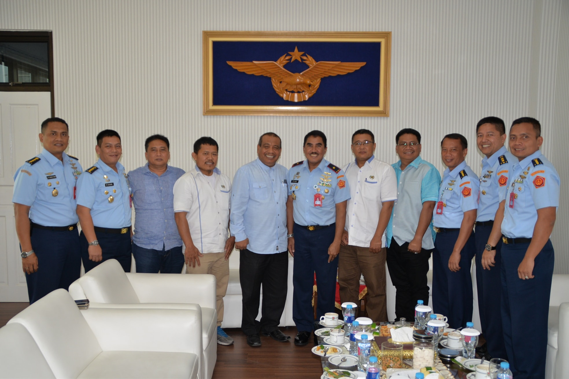 Panglima Kosekhanudnas III Terima Kunjungan Persatuan Wartawan Indonesia Sumut dan Direktur Akademi Teknik dan Keselamatan Penerbangan Medan