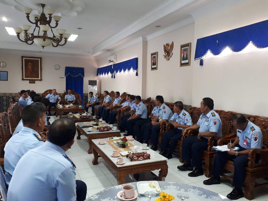 Danlanud Soewondo Laksanakan Exit Briefing