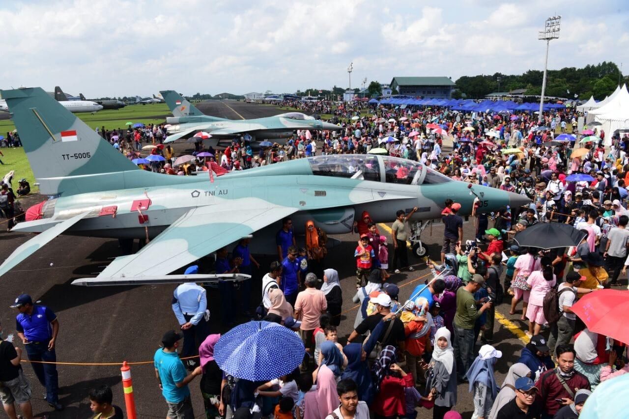 Pesta Rakyat HUT ke-72 TNI AU Sedot Perhatian Ribuan Pengunjung