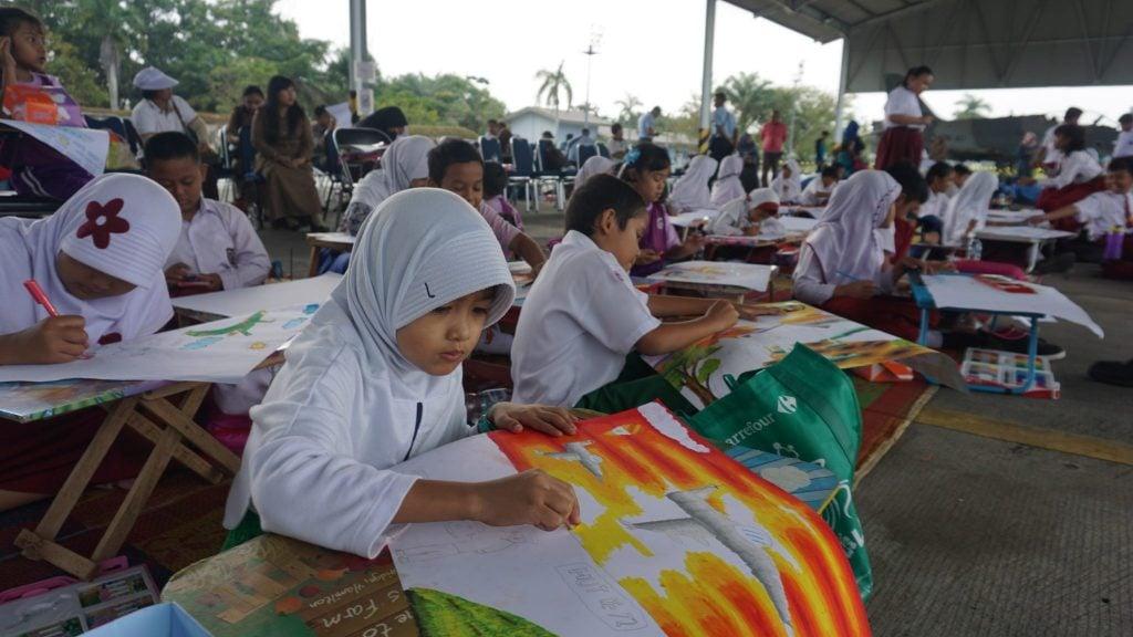 Meriahkan HUT ke-72 TNI AU, Lanud Rsn Gelar Lomba Lukis