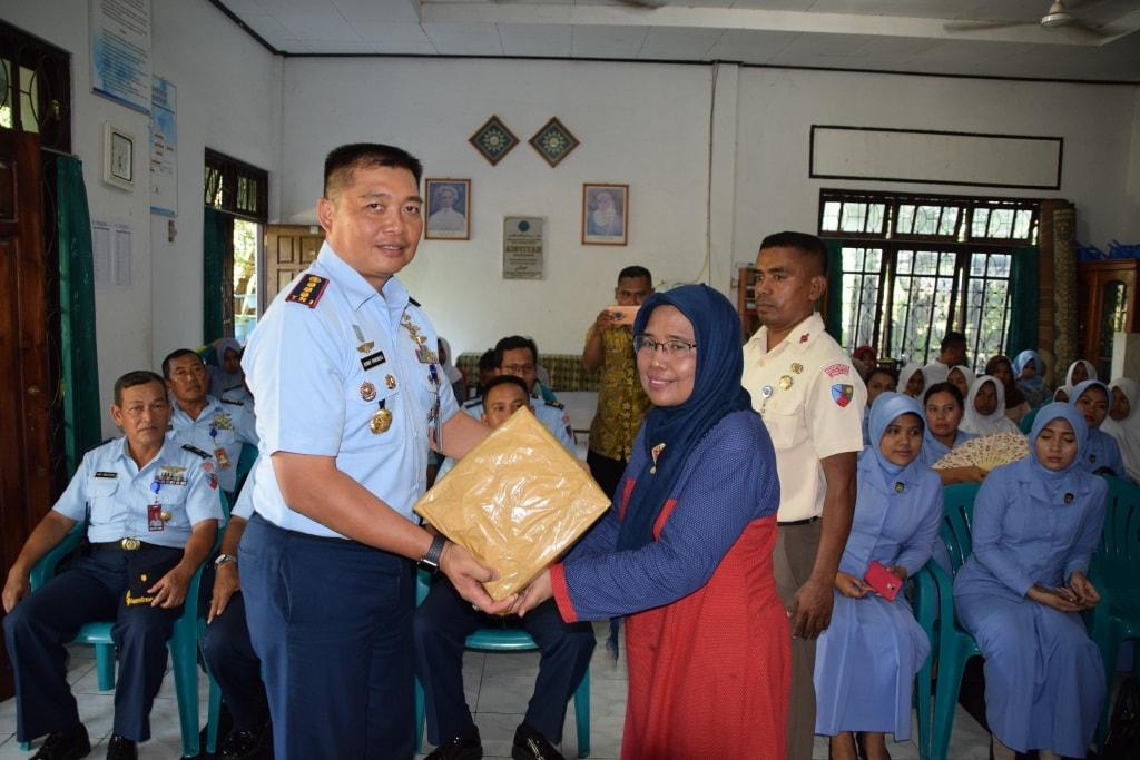 Lanud El Tari Laksanakan Anjangsana Hut TNI AU Ke-72