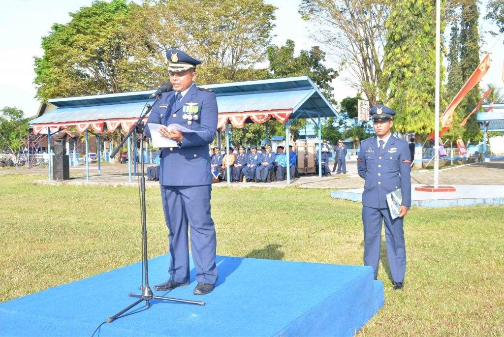 Puncak Peringatan HUT TNI AU ke 72 di Lanud Sjamsudin Noor
