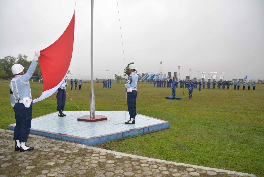 Upacara Bendera 17-an Bulan April 2018 di Lanud Sjamsudin Noor