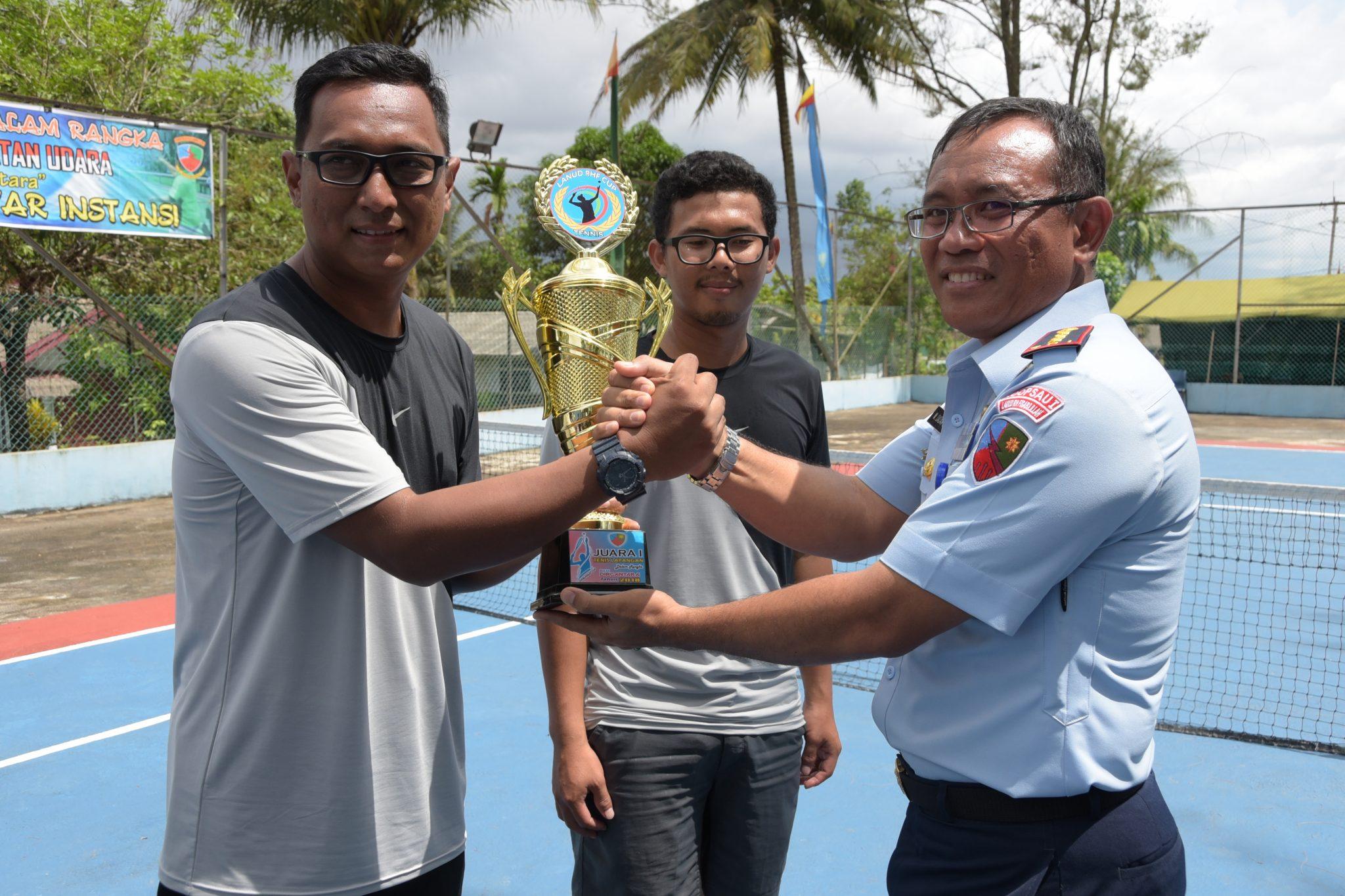 Dispora Kepri Juara I Final Pertandingan Tenis Danlanud Rhf Cup 2018